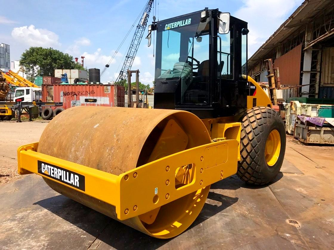 CATERPILLAR CS 533E